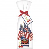 Can With Flags Towel Set